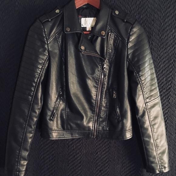 57649552f2bdc Xhiliration-Women's Faux Leather Moto Jacket. M_5ac8607505f4302abd70424c